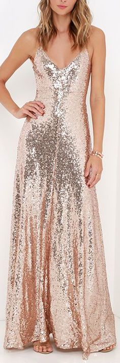 Charismatic Spark Gold Sequin Maxi Dress ==