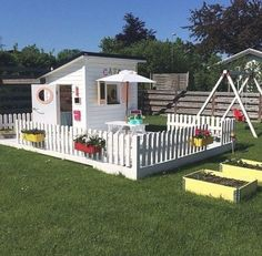 Kids Backyard Playground, Backyard Playhouse, Playground Design, Backyard For Kids, Backyard Garden Design, Backyard Patio, Build A Playhouse, Kids Playhouse Plans, Kids Cubby Houses