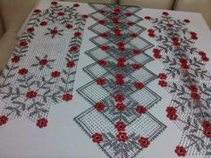 Bargello, Canvas Patterns, Plastic Canvas, Beaded Embroidery, Doilies, Decoration, Crochet, Seed Beads, Bohemian Rug