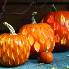 fall leaf pumkin carvings | Kind of Funny and Kind of Scary Pumpkins