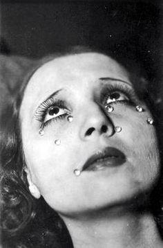 Man Ray~Tears[full version] 1924