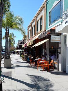 Coronado - Orange avenue - shops, galleries, restaurants - Coronado Island