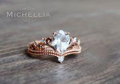 2pc Vintage Pear Engagement Ring Set with Band, 14K 18K Solid Gold Crown Bridal Set, Art Deco Victorian Engagement Set, White Topaz, Diamond