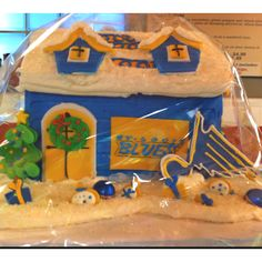 Gingerbread house for St. Louis Blues fans.--Touche to the lady who made this #talented