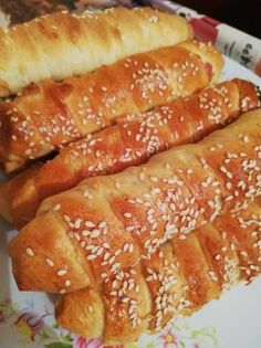Covridog Hot Dog Buns, Hot Dogs, Dessert Recipes, Desserts, Hamburger, Cooking Recipes, Bread, Food, Tailgate Desserts