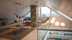 Fra roteloft til luftig stue - Lyst og lekkert! Tid For Hjem, House Colors, Interior Inspiration, Dining Table, Furniture, Home Decor, Lofoten, Basement, House Ideas, Rooms