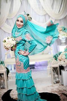 ♥ Bridal Hijab, Hijab Bride, Malay Wedding Dress, Wedding Dresses, Shabby Chic Theme, Hijab Niqab, Silk Satin, Hijab Fashion, Pretty Woman