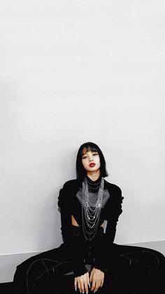 Lisa Bp, Jennie Lisa, Blackpink Fashion, Black Girl Fashion, Estilo Swag, Rapper, Lisa Blackpink Wallpaper, Black Wallpaper, Blackpink Members