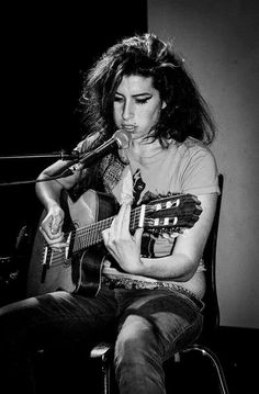 . Amy Winehouse, Discount Wine, Her Music, Tumblr, Wine Delivery, Music Artists, Jade, Amazing Amy, Normal People
