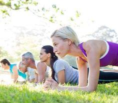 Plank (doska) je jednoduchým cvikom, ktorým dokonale spevníte celé telo