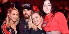 Spettacoli: #Miley #Cyrus #sarà presto la protagonista di un reality show? (link: http://ift.tt/2mPokoz )