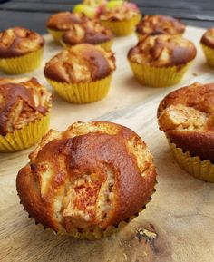 Apple yogurt muffins without packages and sachets RECIPE Pureed Food Recipes, Apple Recipes, Baking Recipes, Muffin Recipes, Cupcake Recipes, Cupcake Cakes, Soft Bread Recipe, Cupcakes Amor, Yogurt Cake