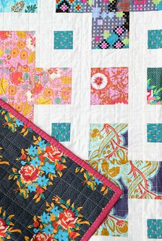 The Violet Quilt - A New Pattern | Kitchen Table Quilting Twin Quilt Pattern, Twin Quilt Size, Pattern Paper, Quilt Patterns, Quilting Ideas, Monochromatic Quilt, The Violet, Purple Quilts, Quilting For Beginners