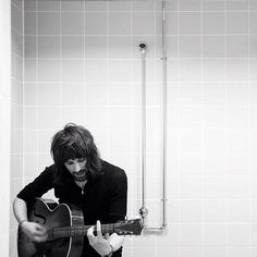 Serge Pizzorno. Music Film, My Music, Golden Calf, New York Minute, Noel Fielding, Band Posters, Hair Goals, Rock And Roll, Beautiful People