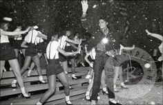 Michael Jackson by Allan Tannenbaum Enter contest to win rare MJ print here: http://contest.io/c/z58xyii6 www.RockPaperPhoto.com
