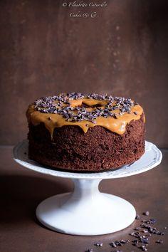 Chiffon cake al cacao e copertura al caramello salato - My WordPress Website Chocolate Chiffon Cake, Decadent Chocolate Cake, Best Chocolate Cake, Chocolate Flavors, Food Cakes, Cupcake Cakes, Sweet Recipes, Cake Recipes, Dessert Recipes
