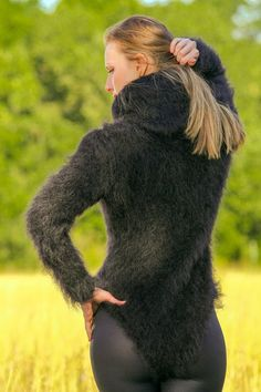 Themohair, together withcashmere ,alpaca andangora is one of the world's most loved materials for making one of a kind, softsweaters ,cardigans and many other premium garments and accessories. The unique properties ofSuperTanya®'s hand knitted clothing, make themohair knitwear equally suitable for fall/winter and spring/summer collections of even the most demandingfashion lovers. | eBay!