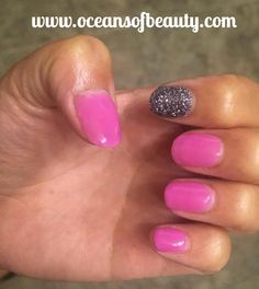 P.146 with craft glitter. EZdip Gel Powder. DIY EZ Dip. No lamps needed, lasts 2-3 weeks! Salon Quality done right in your own home! For updates, customer pics, contests and much more please like us on Facebook https://www.facebook.com/EZ-DIP-NAILS-1523939111191370/ #ezdip #ezdipnails #diynails #naildesign #dippowder #gelnails #nailpolish #mani #manicure #dippowdernails