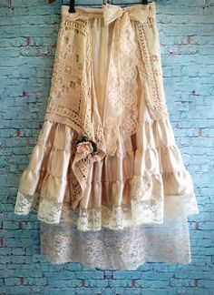 lace...champagne & ivory crochet skirt