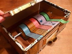 make a tape dispenser, I really need this!