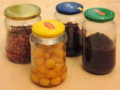 Osobní dům a rodová zahrada. : Hájkovy zavřeniny podle Anastasie Raw Food Recipes, Pickles, Mason Jars, Blog, Porn, Alcohol, Raw Recipes, Mason Jar, Blogging