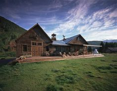 Basking in luxury at Butch Cassidy's hideout in Dunton Springs, Colorado