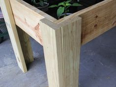 Instructions for building a simple tabletop raised garden bed