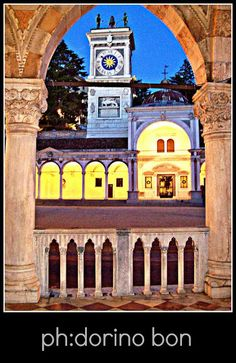 UDINEINVETRINA: UDINE A MODO MIO #UDINE #FOTOGRAFIA #FVG #FRIULIVENEZIAGIULIA #FRIULI #ARTE #IMMAGINI #CULTURA #curiosità #città #ITALIA