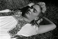 Frida Kahlo by Leo Matiz, 1941.