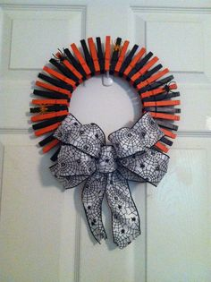 Halloween wreath made from clothes pins