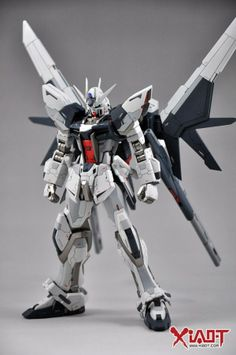 GUNDAM GUY: HG 1/144 GAT-X105B Build Strike Gundam Full Package - Customized Build