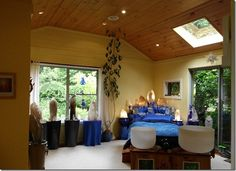 Alasenmat Crystal Sound Healing Room