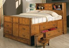 Oak Finish Chest Bed King Size Wood Bedroom Frame New - like the warm, solid feeling - and all the drawers!