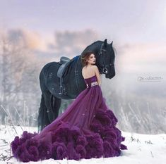 I just had to pin this because the dress is so stunning. I just had to pin this because the dress is so stunning. Most Beautiful Horses, Pretty Horses, Beautiful Beautiful, Horse Girl Photography, Photography Poses, Nature Photography, Pretty Dresses, Beautiful Dresses, Gorgeous Dress