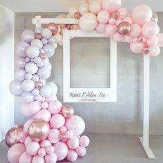 Balloon or bubble frame around oversized poloroid frames for photo booth - . - Pyjamaparty - Balloon or bubble frame around oversized poloroid frame for photo booth – bubble frame - Birthday Party Decorations, Baby Shower Decorations, Wedding Decorations, Birthday Parties, Decor Wedding, Diy Birthday, Balloon Decoration For Birthday, 18th Birthday Party Ideas For Girls, Pastel Party Decorations