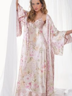 Silky Night Gown and Robe Jolie Lingerie, Satin Lingerie, Pretty Lingerie, Bridal Lingerie, Vintage Lingerie, Beautiful Lingerie, Women Lingerie, Satin Sleepwear, Nightwear