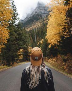She who cannot howl, will not find her pack 🐺 . . . . . . #radgirlslife #outdoorwomen #sheexplores #wearetravelgirls #keepitwild…