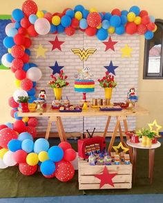 Superman Birthday Party, Girl Superhero Party, Avengers Birthday, Wonder Woman Birthday, Wonder Woman Party, Birthday Woman, Girls Party Decorations, Bday Girl, Barbie