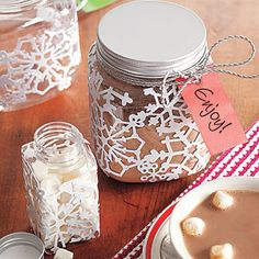 DIY hot cocoa mix jars.