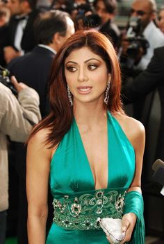 Hot & Sexy Shilpa Shetty Photos – Check out latest Shilpa Shetty photos including wallpapers, posters, photo-shoots, movie still & selfies. Bollywood Actress Hot Photos, Beautiful Bollywood Actress, Most Beautiful Indian Actress, Actress Photos, Beautiful Actresses, Most Beautiful Models, Beautiful Girl Image, Indian Celebrities, Bollywood Celebrities