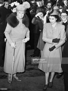 Princesses Elizabeth and her grandmother, Queen Mary of Teck arrive at a reception in Clerkenwell Green, London on March Get premium, high resolution news photos at Getty Images Elizabeth Ii Young, Princess Elizabeth, Princess Victoria, Queen Victoria, Queen Elizabeth Ii, Princess Diana, Hm The Queen, Royal Queen, Her Majesty The Queen