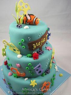 Finding nemo cake. Nemo stapeltaart