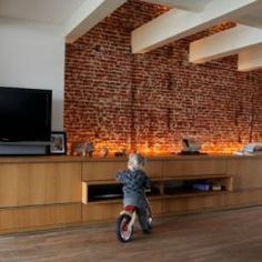 living-room-brick-wall