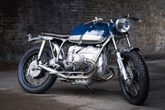 This stripped-back R100 RT comes from London's Untitled Motorcycles and it just oozes vintage charm.