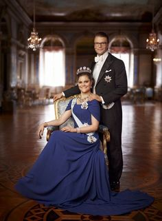 Prince Daniel and Crown Princess Victoria wearing the six button tiara and the processional diamond pearl and sapphire necklace
