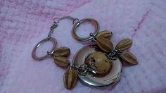 Linda pulseira com sementes artesanais. R$ 17,30