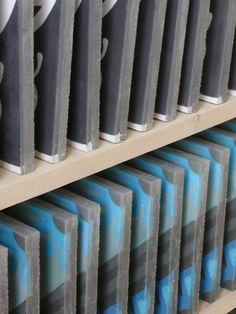 MOZA Cementlapok száradnak Cement, Home Appliances, House Appliances, Appliances, Concrete