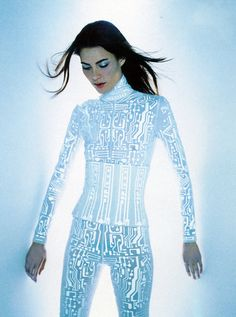 Shalom Harlow wearing Givenchy by Alexander McQcueen for Harpers Bazaar July 1999 photographed by Enrique Badulescu