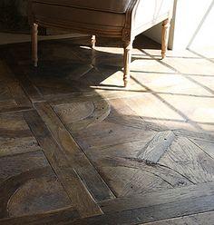Waanzinnige houten vloer. Gemaakt van oud hout!