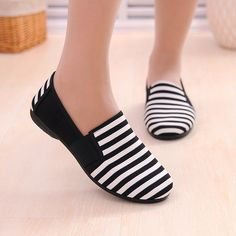 0350dccfd5278c BAICLOTHING Sapatos Femininos Women Round Toe Slip on Loafer Female Cute  Stripe Cloth Flat Shoes Ladies Casual Soft Red Shoes -in Women's Flats from  Shoes ...
